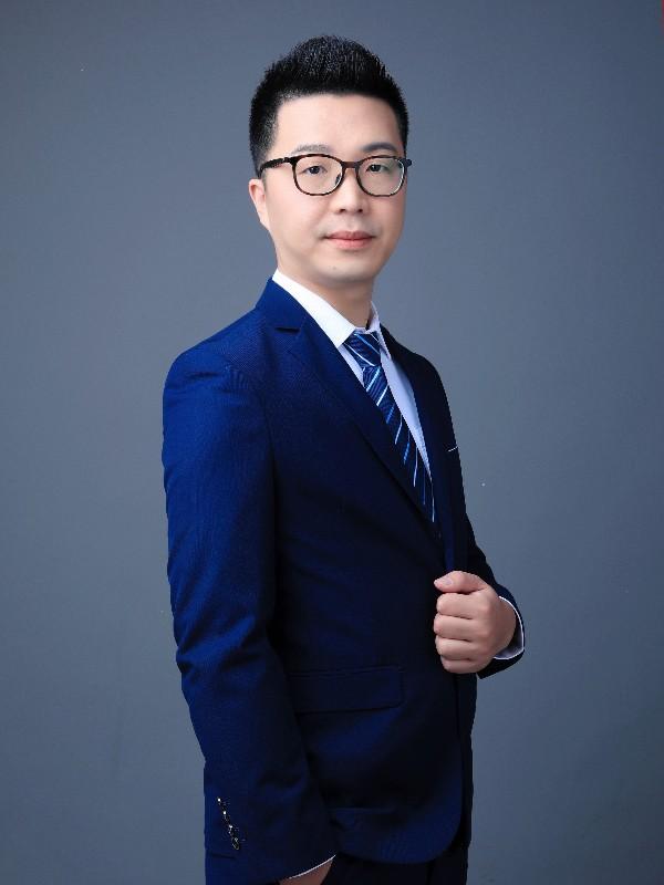 深圳分公司总经理 邓跏