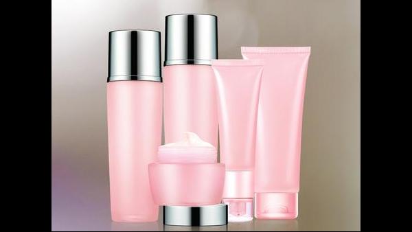化妆品进口空运报关需要的备案资料与注意事项