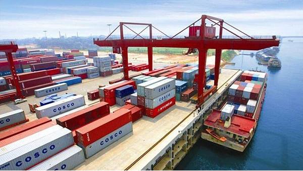 哈尔滨海关推出改革新举措;进一步提升通关效率