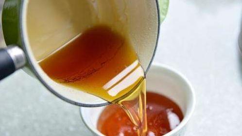 天津海关销毁10吨进口糖浆