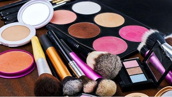 进口的化妆品