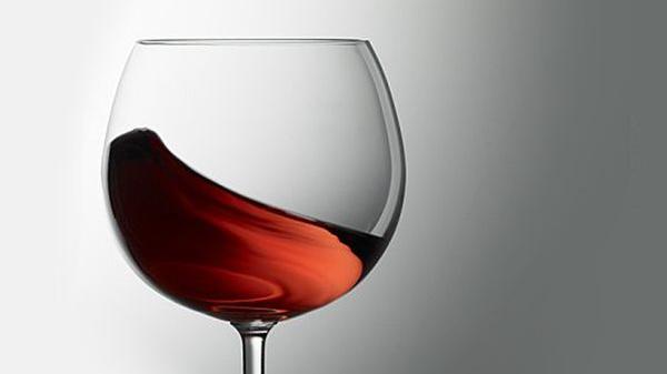 红酒酒杯进口报关清关所需资料及流程小浅析