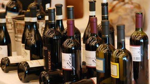 进口红酒为什么贴中文标识?中文背标有什么作用?