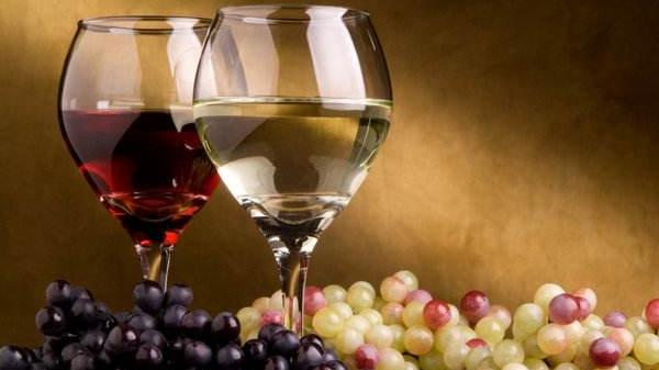 """2017年173吨进境葡萄酒销毁退货 买放心安全进口葡萄酒须""""三看"""""""