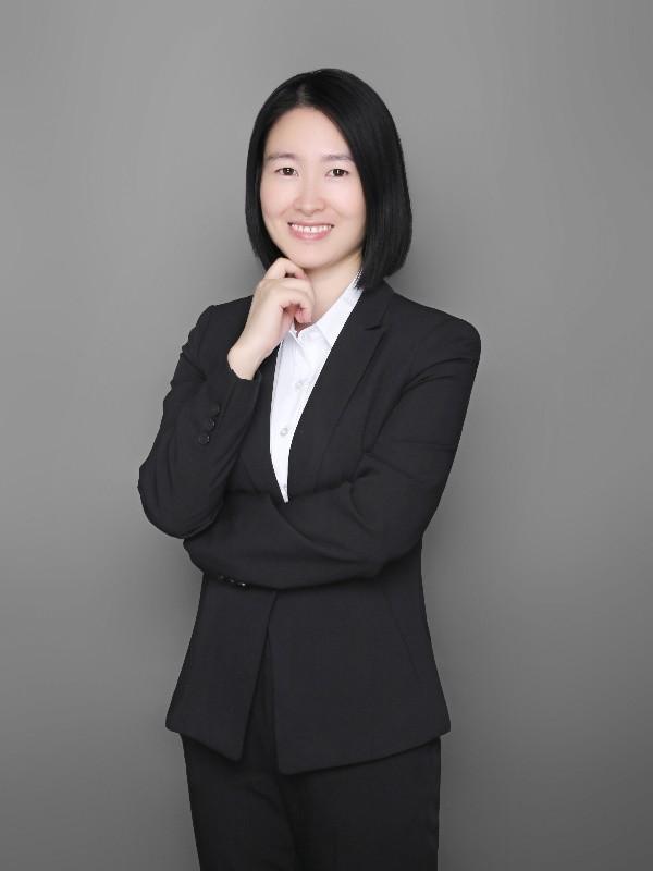 财务经理 黄菊玲